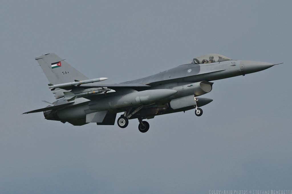 F-16 around the world - Page 29 6740432523_a824da053f_b