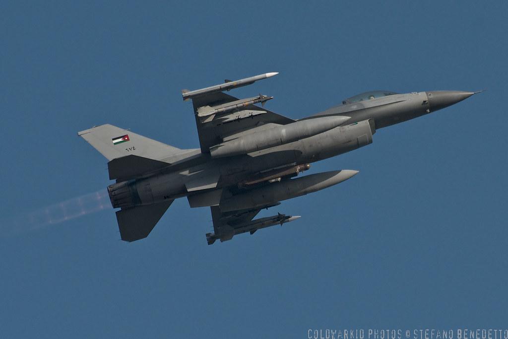 F-16 around the world - Page 29 6805063705_14b1329809_b
