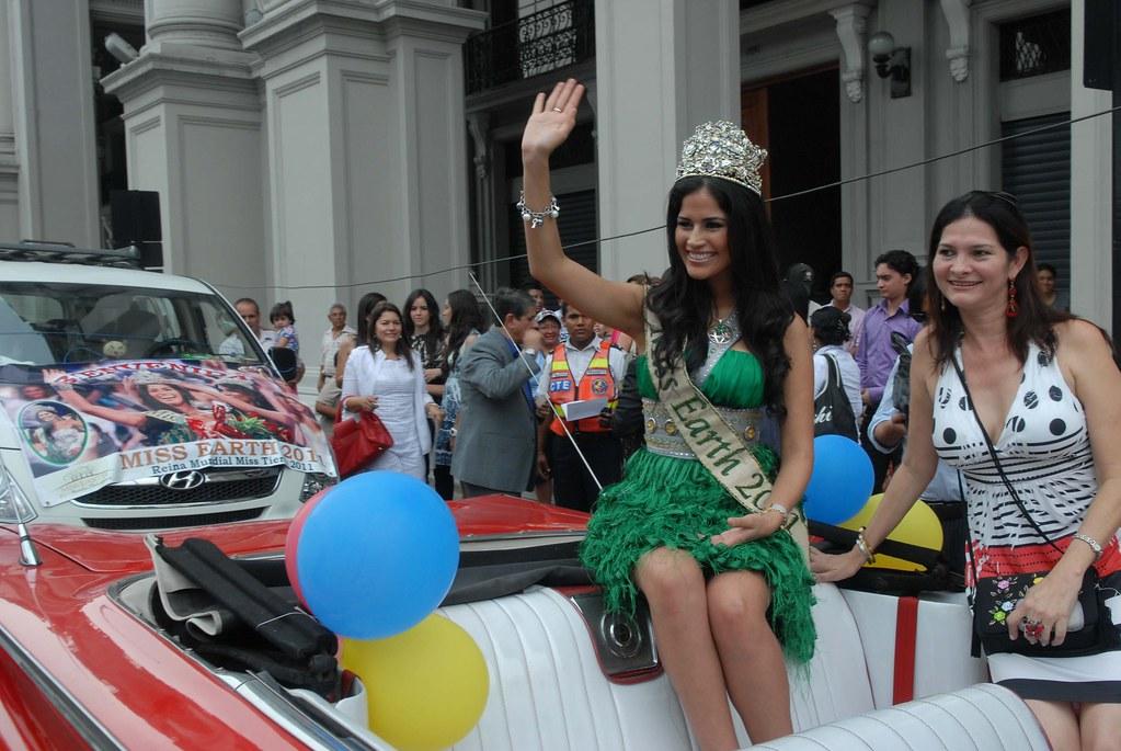 The Official Thread of MISS EARTH® 2011 Olga Alava, Ecuador - Page 2 6592159145_313bb51c70_b