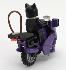 6858 Catwoman Catcycle City Chase 6639434741_a952663d21_m