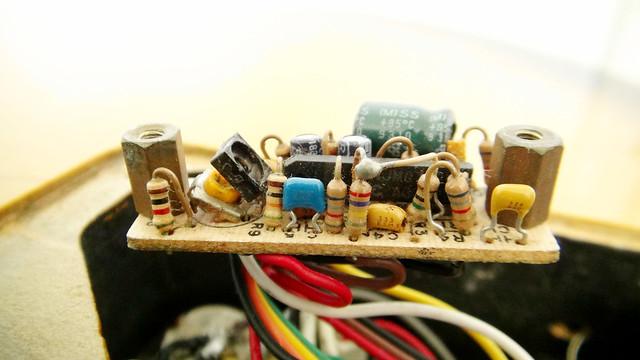 Trimpot, circuito ativo 6817023697_114445c9b6_z