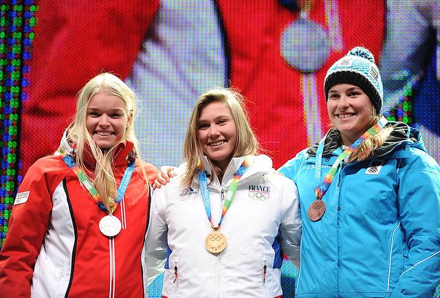 Jeux Olympiques de la Jeunesse d'hiver - Innsbruck 2012 - La 1ere médaille d'OR de l'histoire des JOJ d'hiver est Française... Bravo Estelle !!! 6696946601_89fd200df6_z