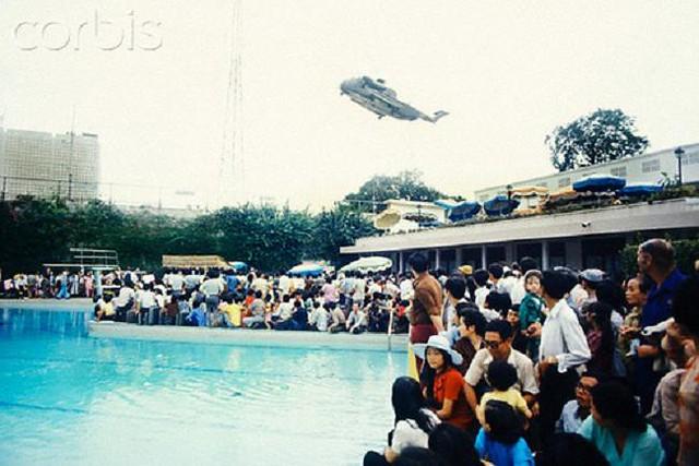 Ngày 30-4-1975, Hoa Kỳ chạy khỏi VNCH 6893501330_66e00384d8_z