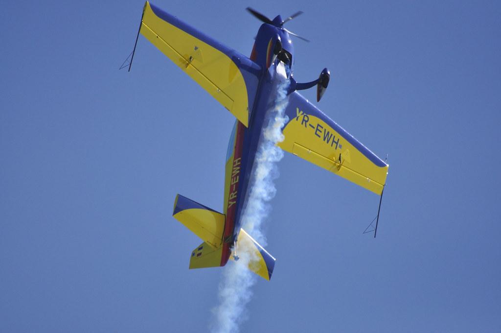 Cluj Napoca Airshow - 5 mai 2012 - Poze - Pagina 2 7002527704_39d380d3c4_b