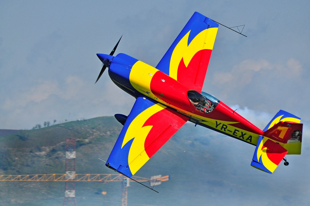 Cluj Napoca Airshow - 5 mai 2012 - Poze - Pagina 2 7002518340_2fca3efacf_b