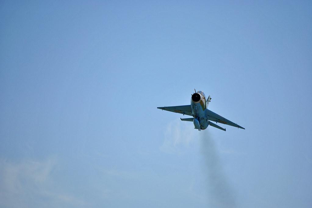 Cluj Napoca Airshow - 5 mai 2012 - Poze - Pagina 2 7155933684_1a00a6a184_b