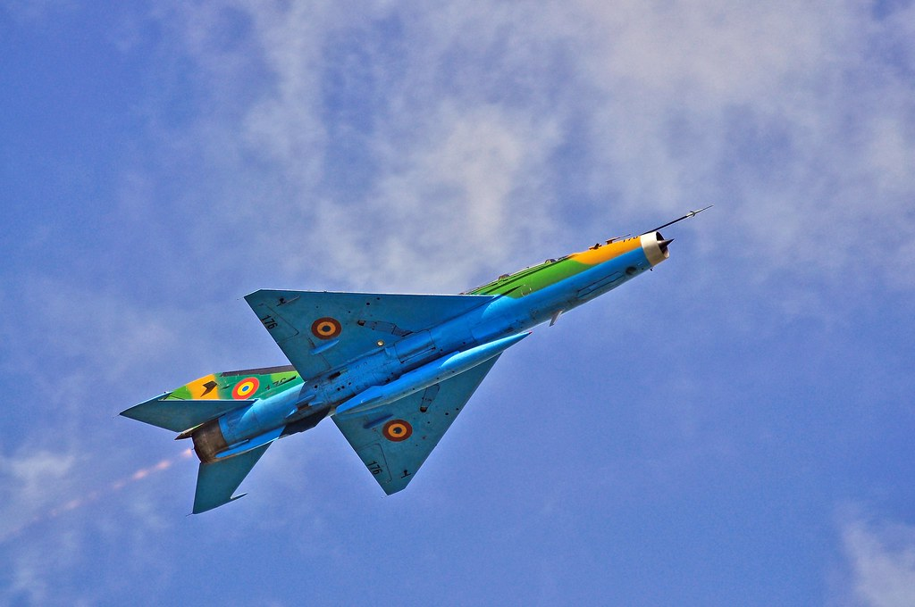 Cluj Napoca Airshow - 5 mai 2012 - Poze - Pagina 2 7002510906_0a3ec05941_b