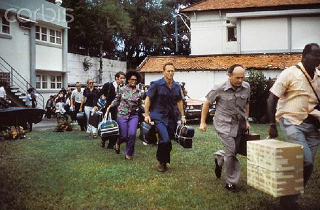 Ngày 30-4-1975, Hoa Kỳ chạy khỏi VNCH 6893501686_f00919ac7e_z