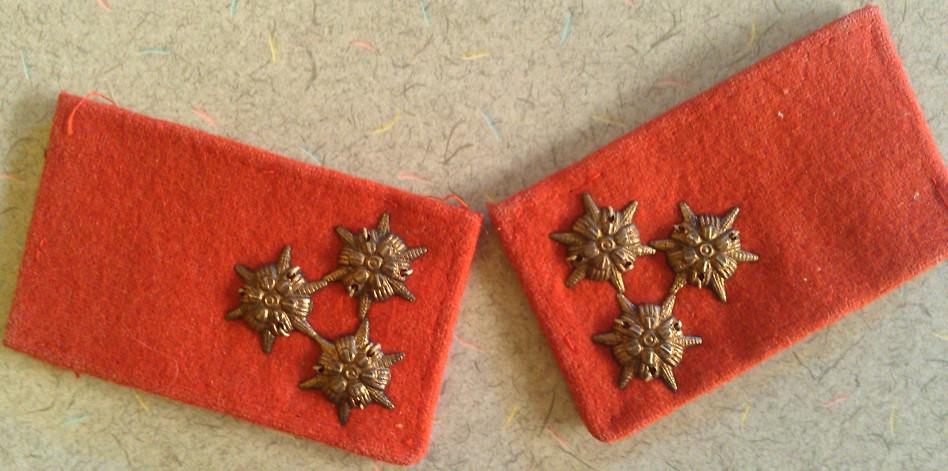 Austro-Hungarian NCO Collar Tabs 7218400004_5f5fa2e813_b