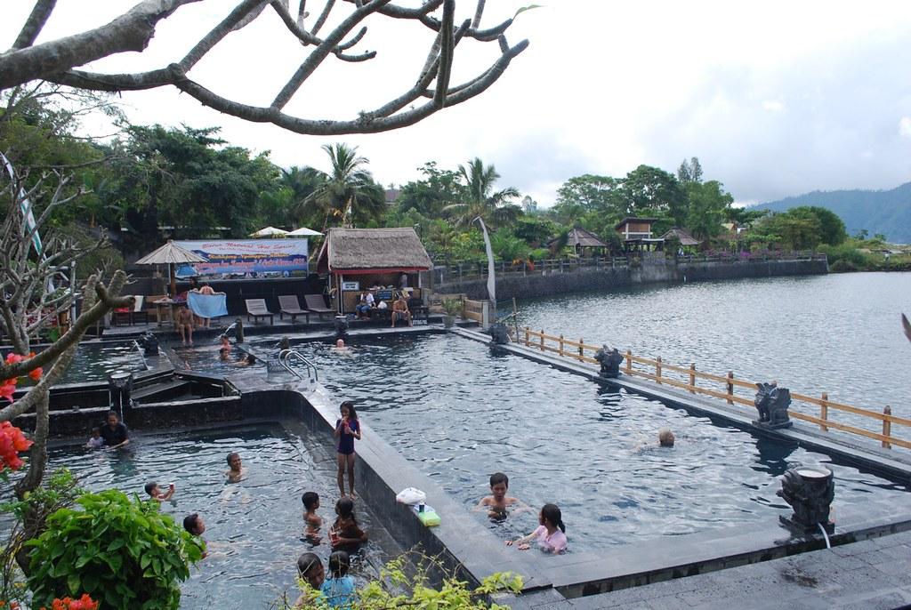 Wisata Air Bali - Page 3 7238723200_97a9df26bc_b