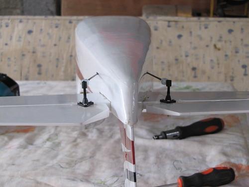 Montagem do Cesna 40 The World Models 7592132580_f315dabcd1