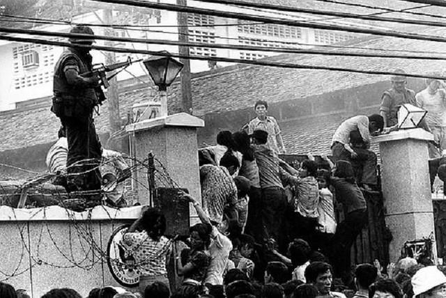 Ngày 30-4-1975, Hoa Kỳ chạy khỏi VNCH 6893500512_cfa9166770_z