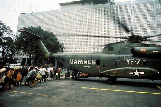 Ngày 30-4-1975, Hoa Kỳ chạy khỏi VNCH 6893501778_757075c23e_z