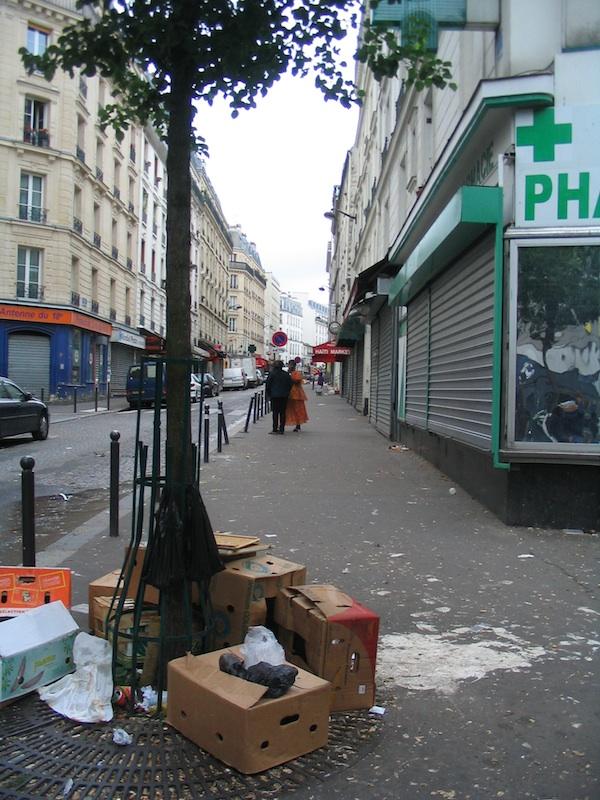 quelques images de la saleté de la rue 7576734524_d26da6699a_c