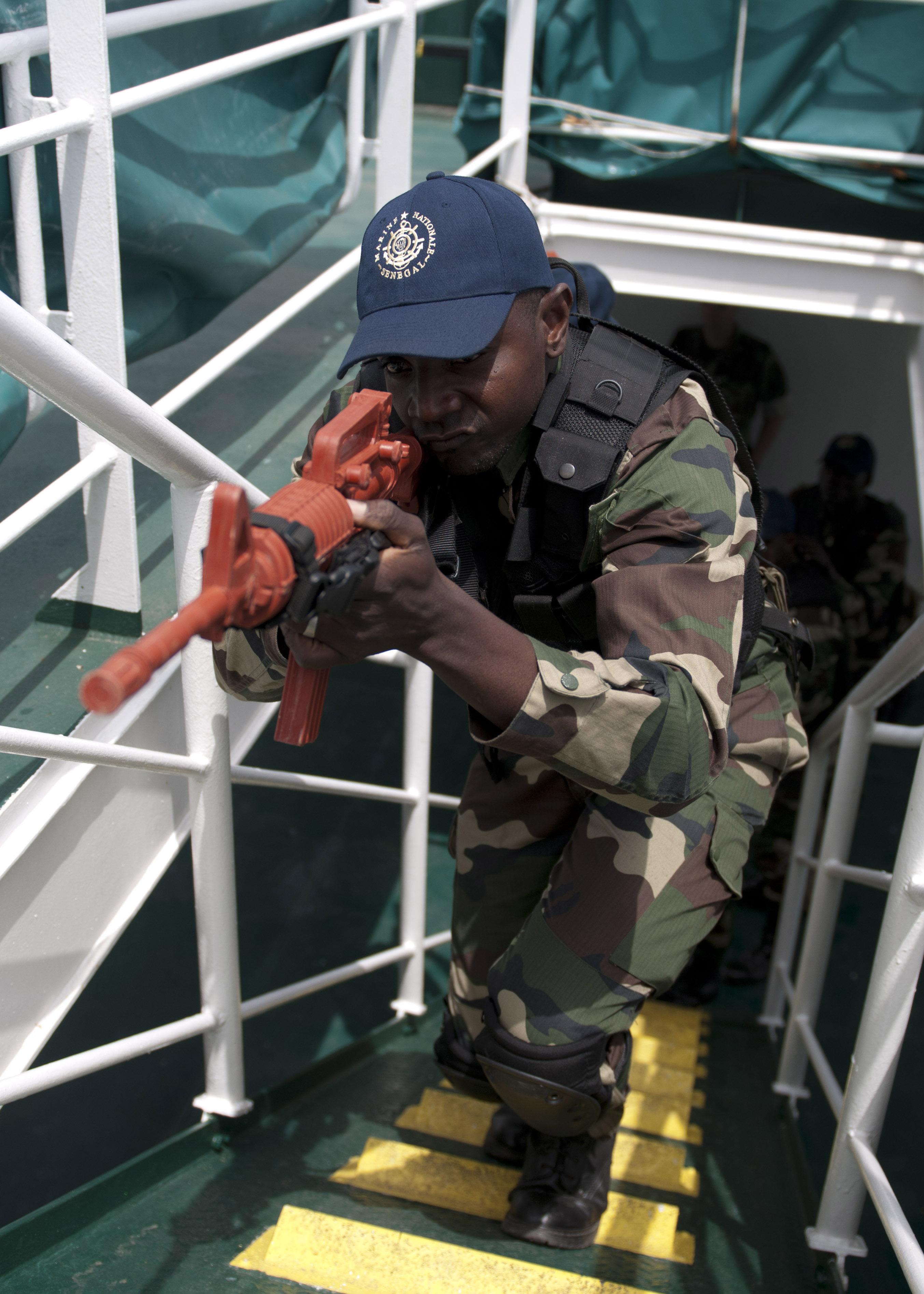 Armée Sénégalaise - Page 5 13090923505_fe541f87f8_o