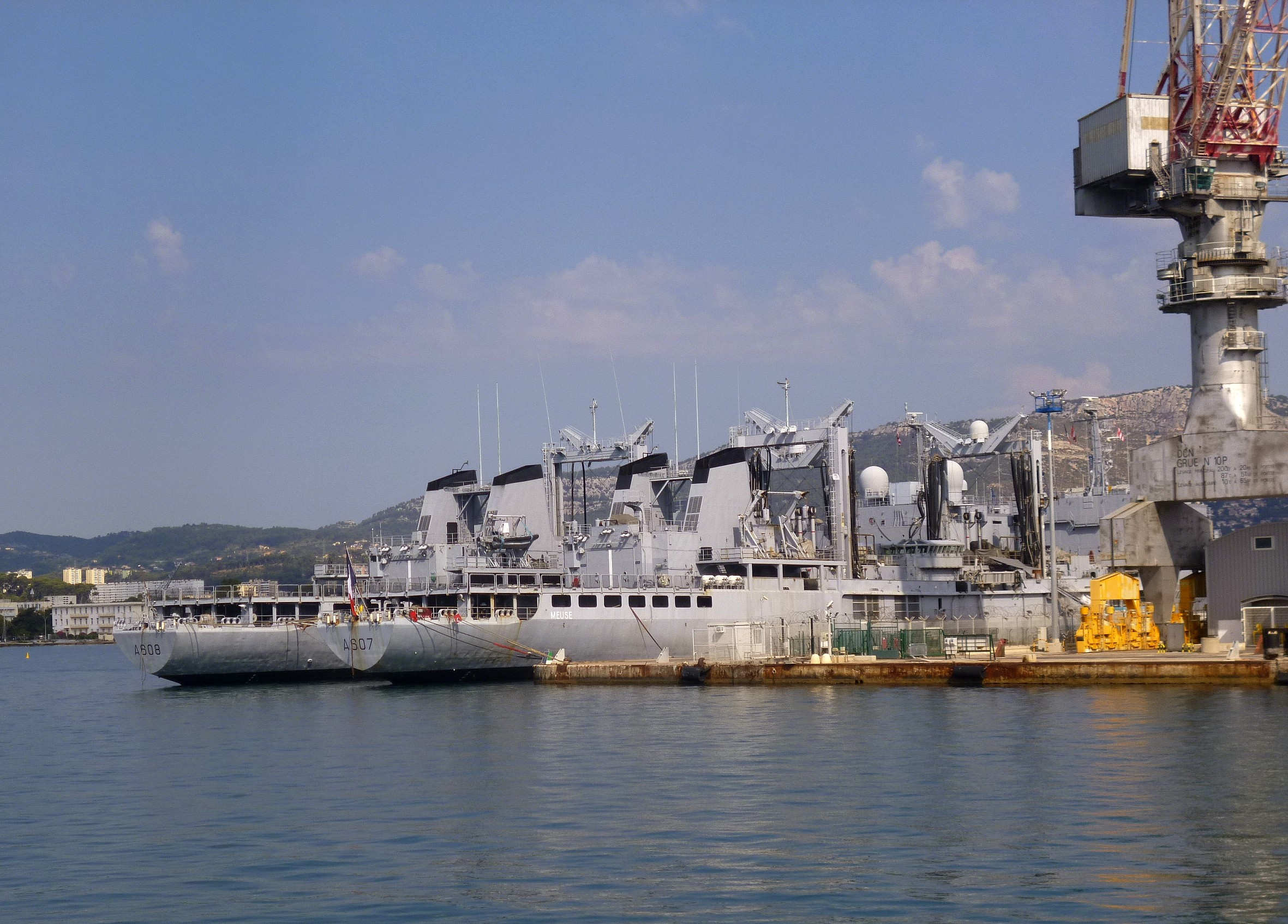 Les news en images du port de TOULON - Page 37 9565027668_3d1d7a03dd_o