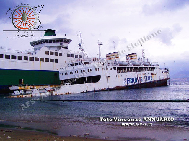 Cariddi, il traghetto che visse due volte 13141506625_226afb3eda_z