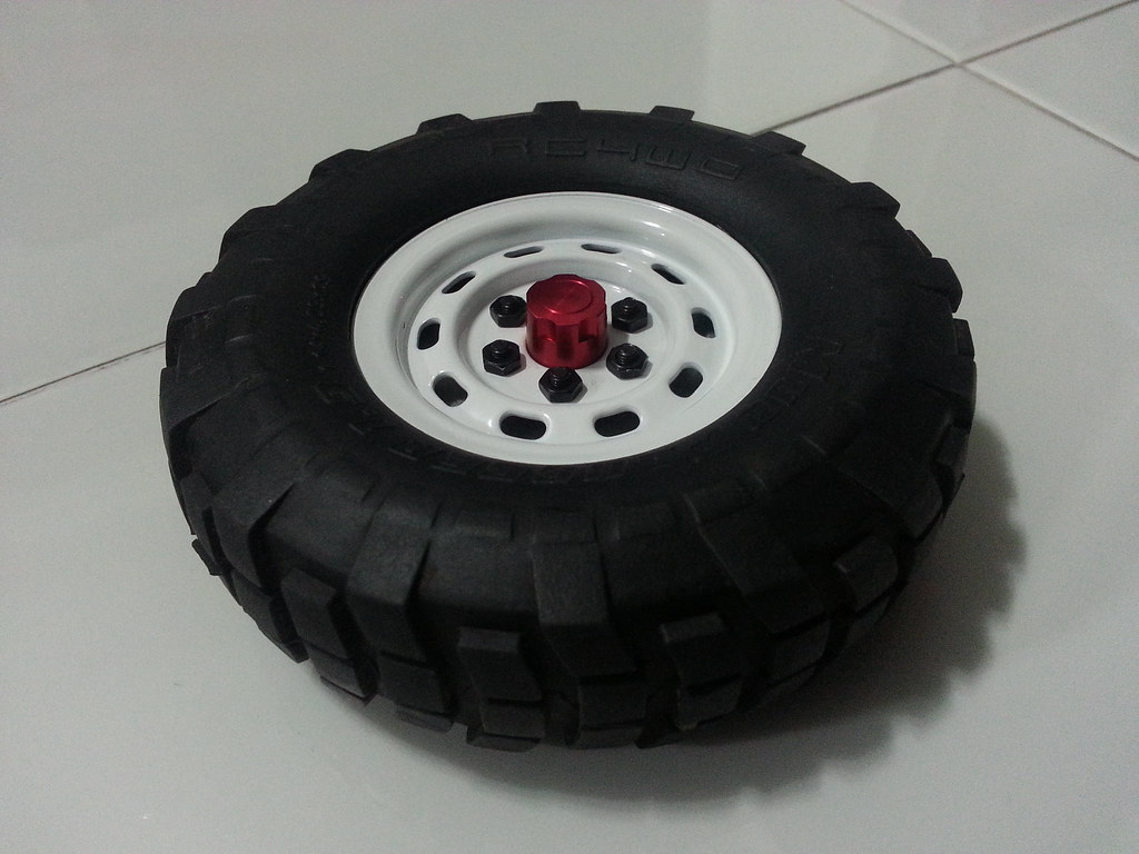land - Babyboy's Land Rover Defender D90 on Axial SCX10 9341297114_bfb9a0a931_b