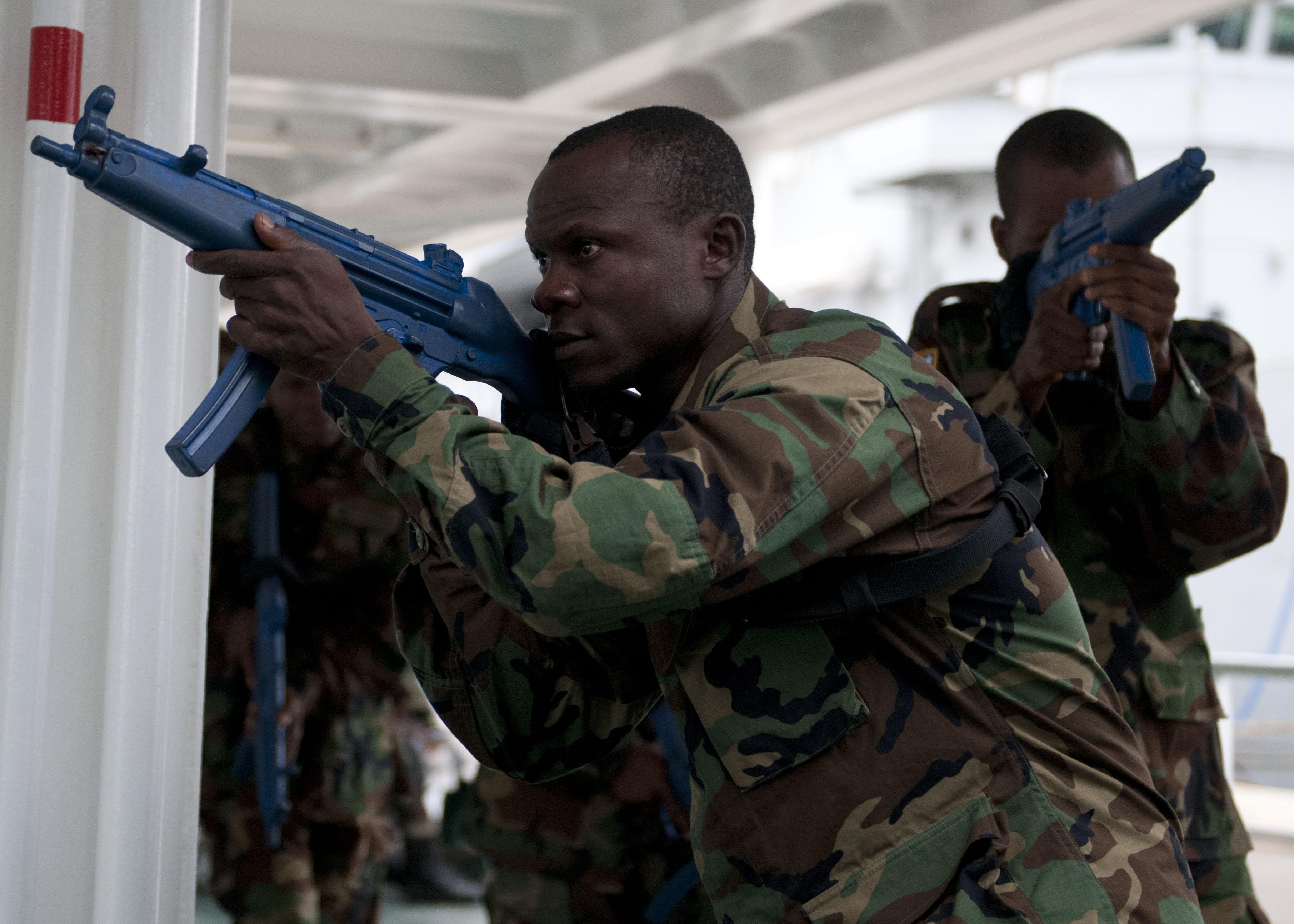 Les Forces Armées du Libéria / Armed Forces of Liberia ( AFL ) 13012765204_f6b7f3c173_o