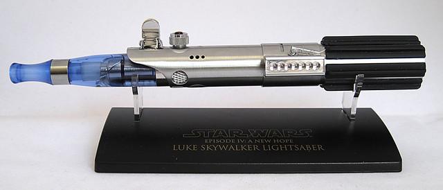 Custom Master Replicas .45 Luke ANH Lightsaber e-Cigarette Mod (vaping) (vape) (eCig) (e-cig) 13086419453_f011d3cf69_z