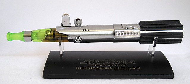 Custom Master Replicas .45 Luke ANH Lightsaber e-Cigarette Mod (vaping) (vape) (eCig) (e-cig) 13086287075_65eaa786c4_z