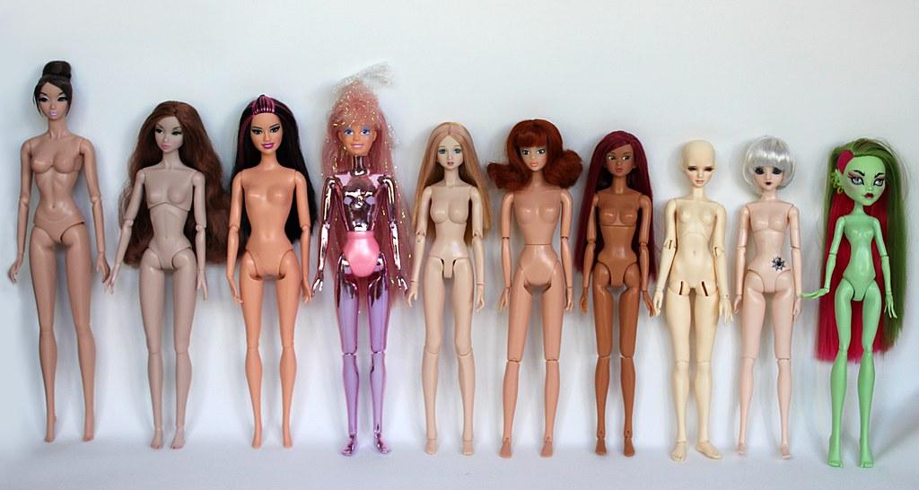 Comparaisons corps fashion dolls: images & liens 9580470407_29cc6b1333_b