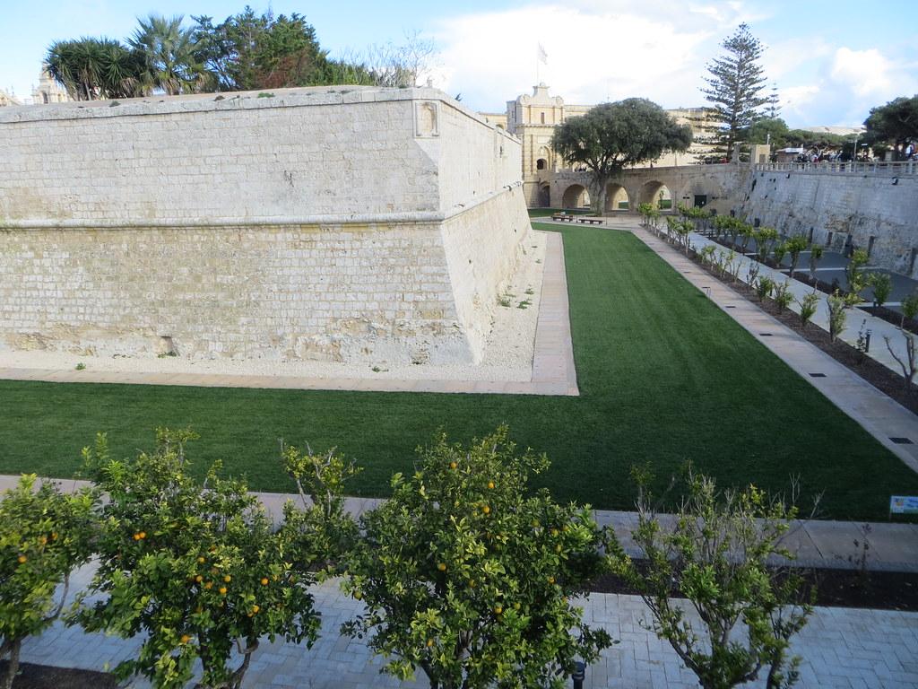 Malta cu Divertis 11843459865_36ab430745_b