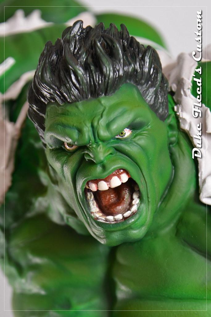 Red to green hulk comiquette 9764833912_1650312ec2_b