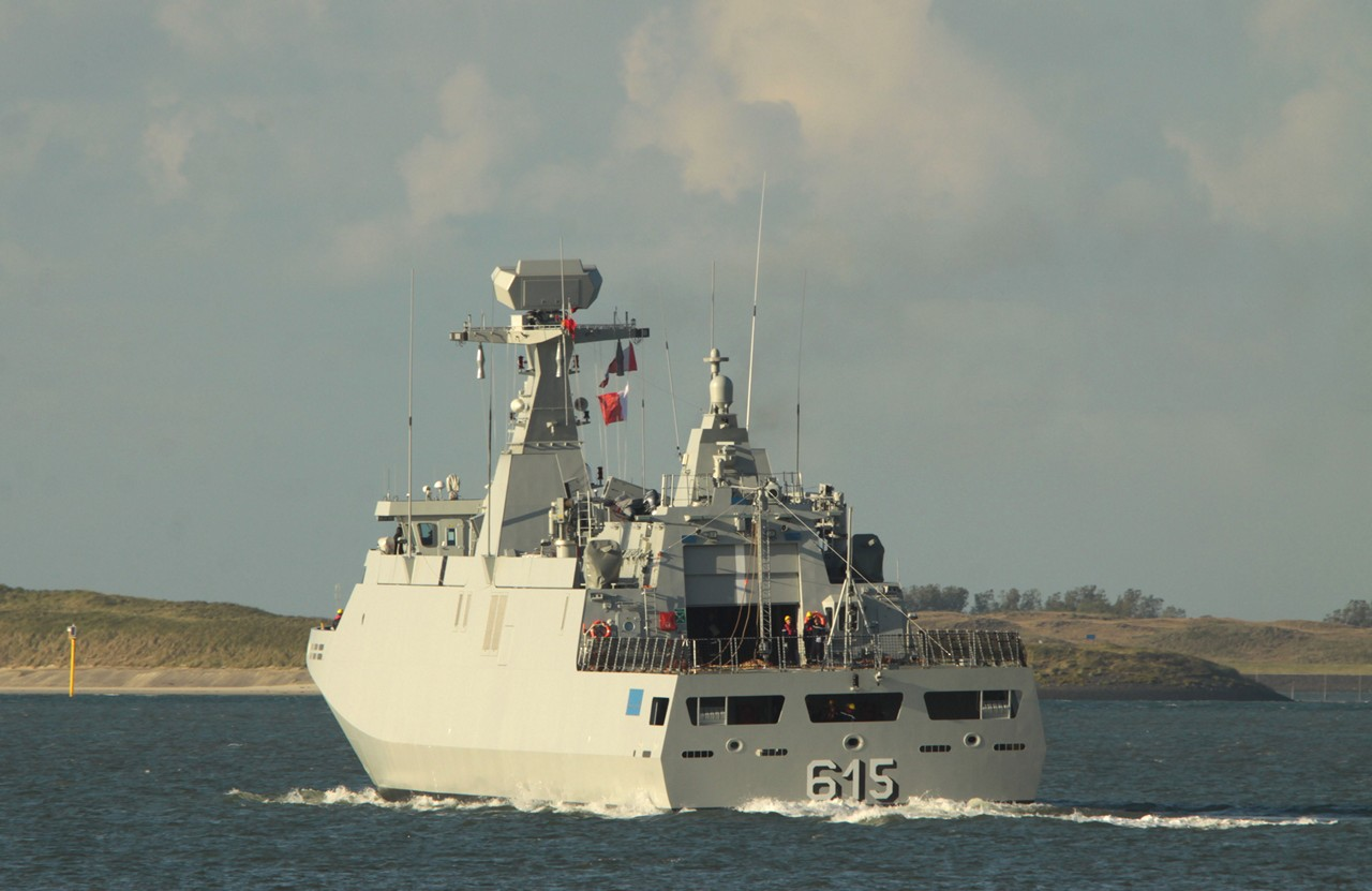 Royal Moroccan Navy Sigma class frigates / Frégates marocaines multimissions Sigma - Page 14 11064069164_dca954dd6a_o