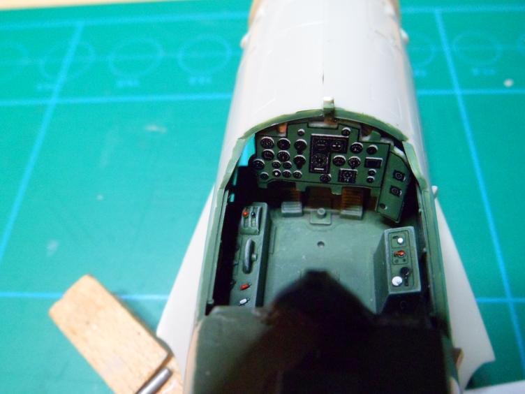 Pas-à-pas : Mitsubishi J2M3 modele 21 Raiden Jack [Tamiya 1/48] 11696219294_8d5f858c4a_o