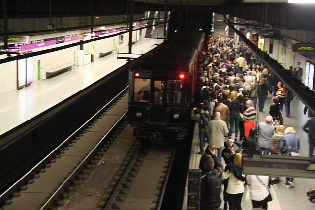Propera sortida tren de la sèrie 300 15/04/2015 16978471698_ed9cca924c_z
