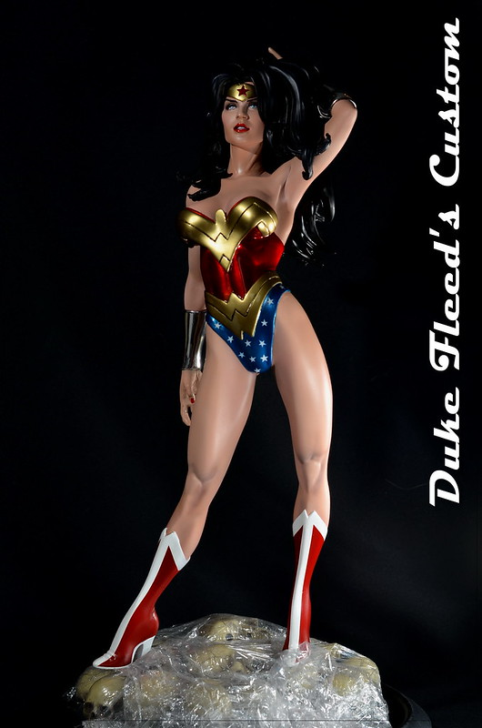 Wonder woman from Sideshow comiquette vers.2 7685895822_50e76a338d_c