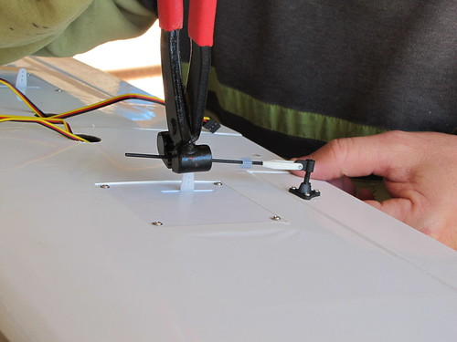 Montagem do Cesna 40 The World Models 7604885272_9677ae7dfa