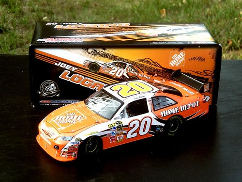 The Diecast/Hero Card/Other Memorobilia Thread - Page 5 7688070498_6807c754dd