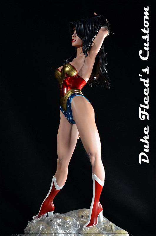 Wonder woman from Sideshow comiquette vers.2 7685888314_461c67dd63_c