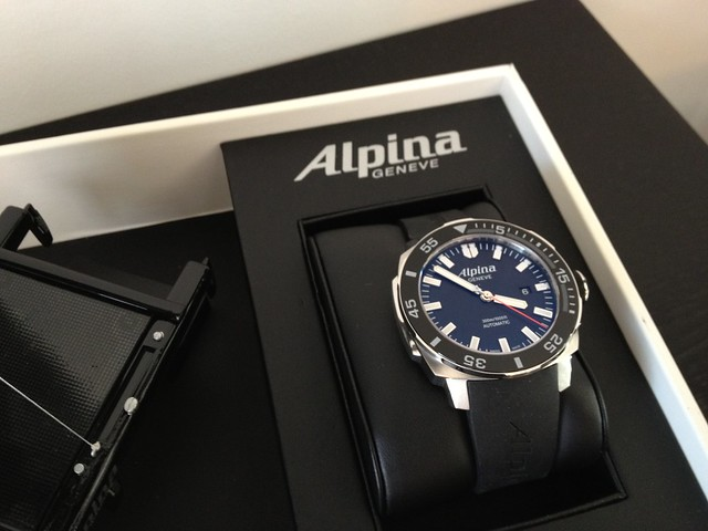 [Unboxing] Alpina Sailing LE 7945047558_6e97093dd5_z