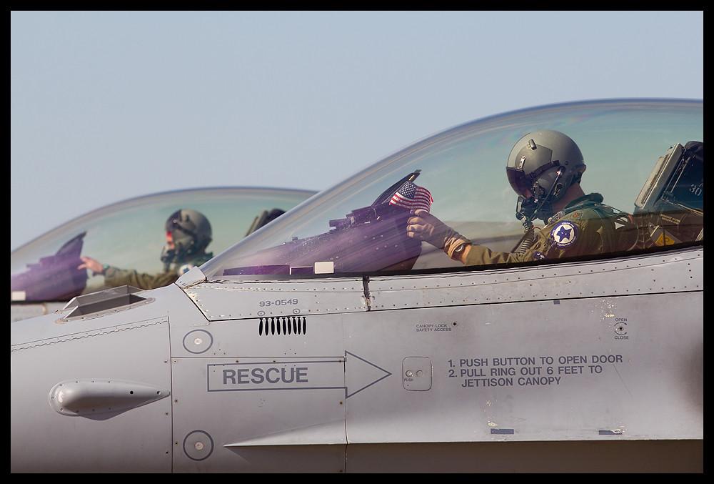 F-16 around the world - Page 29 8126192210_72633da572_b