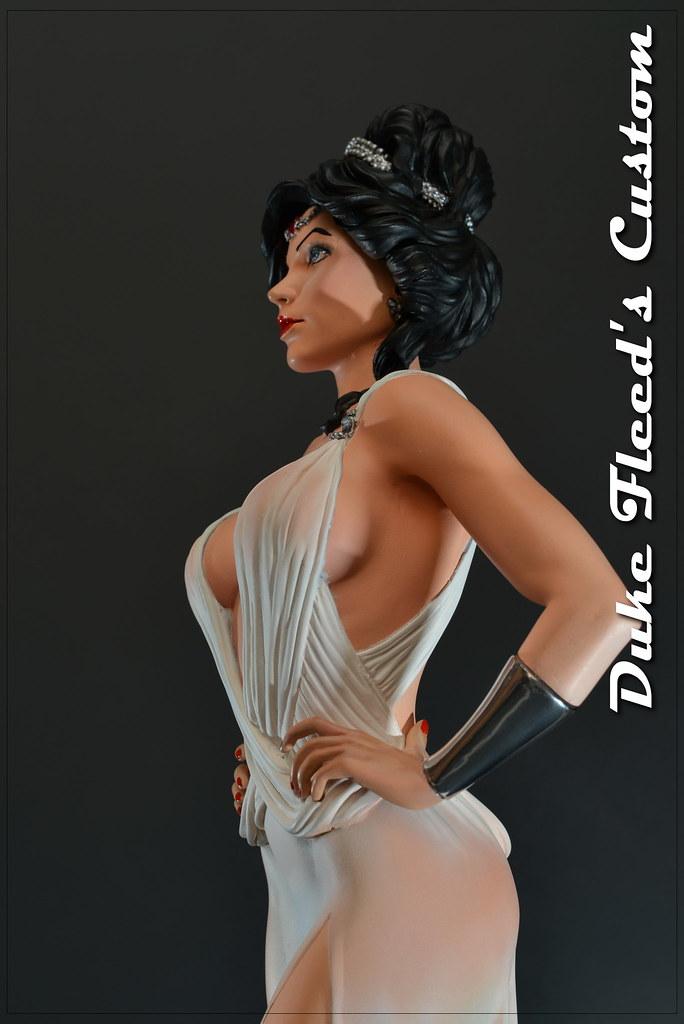 Wonder Woman dress version 1/6 8292727106_369f82862d_b