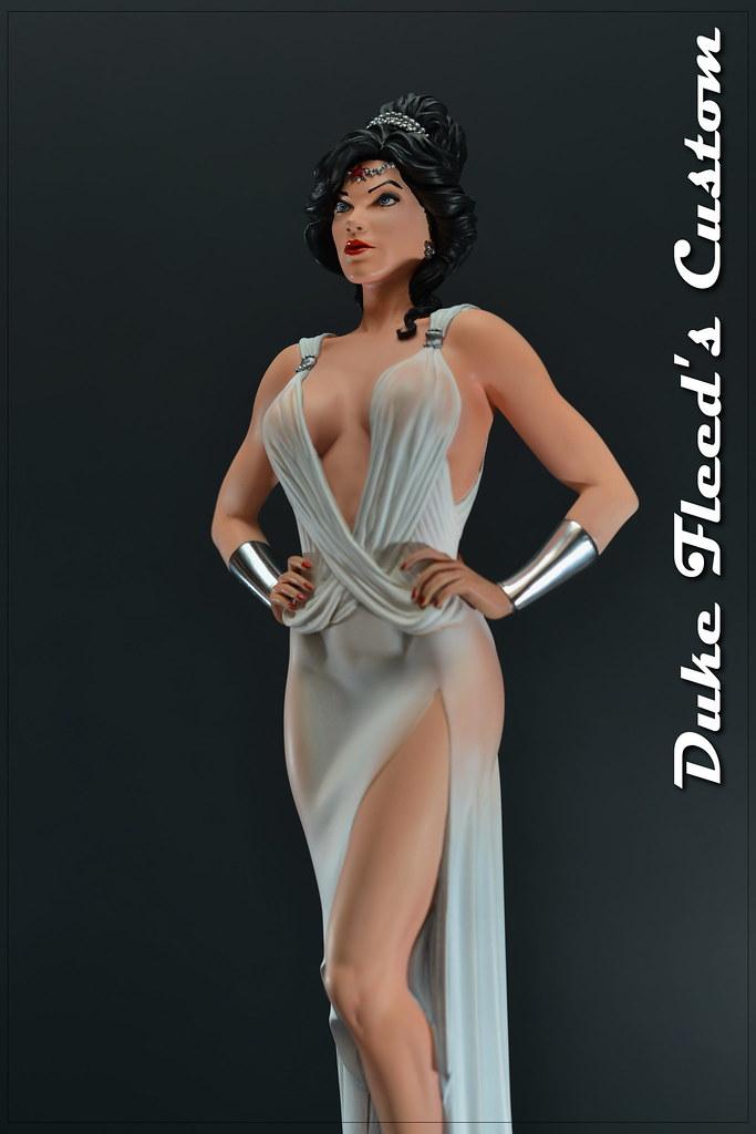 Wonder Woman dress version 1/6 8292726542_dfd3a94356_b