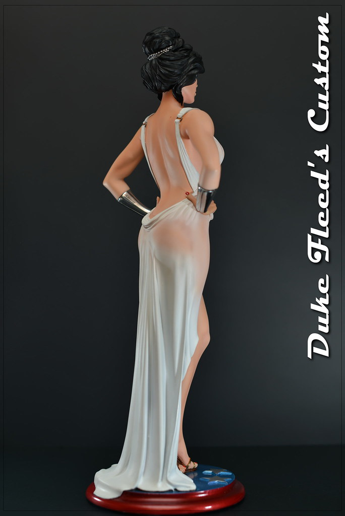 Wonder Woman dress version 1/6 8291674087_d7047a1d7b_b
