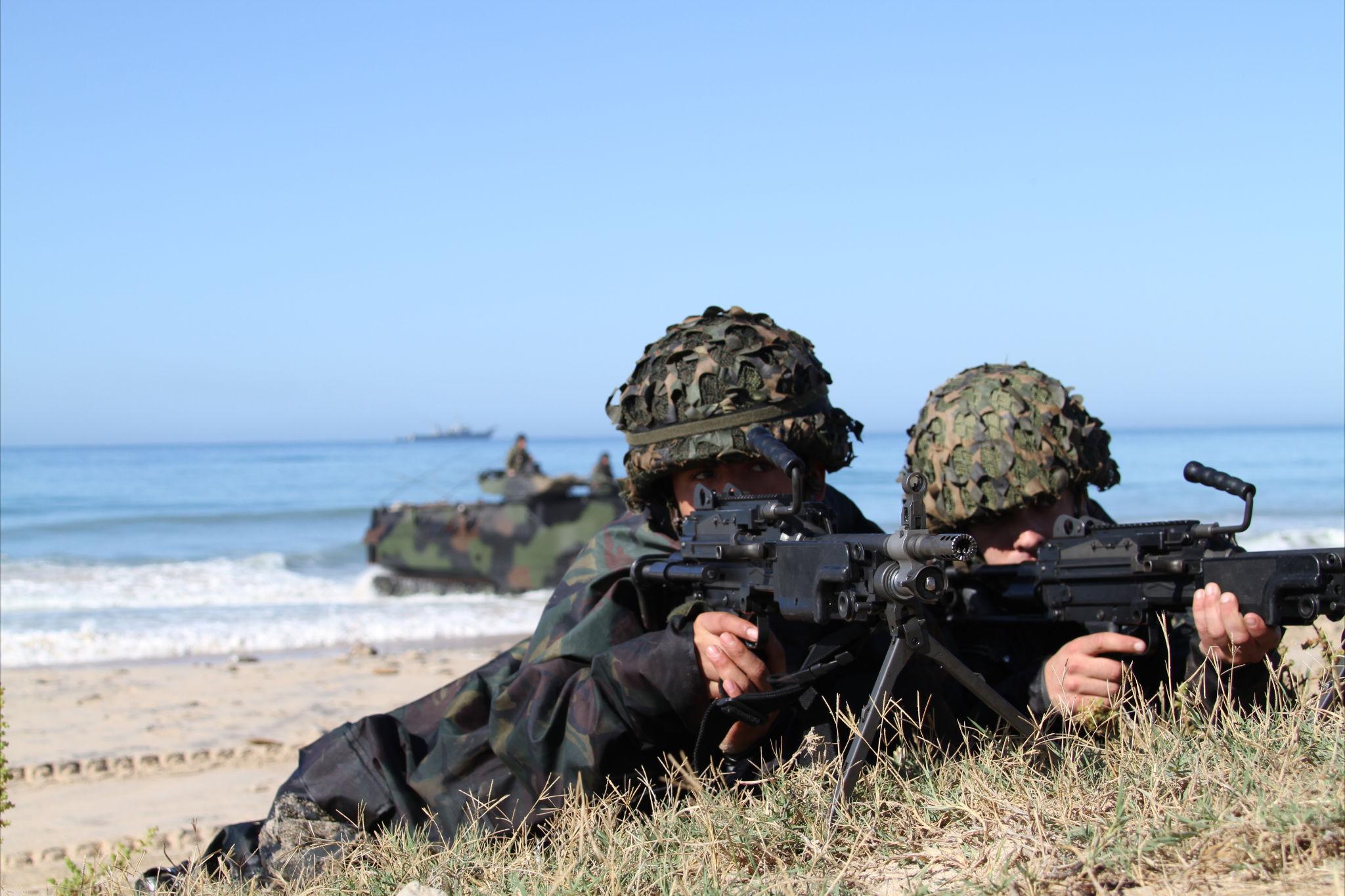 Armée Espagnole/Fuerzas Armadas Españolas - Page 23 8345540578_be96a70fcc_o