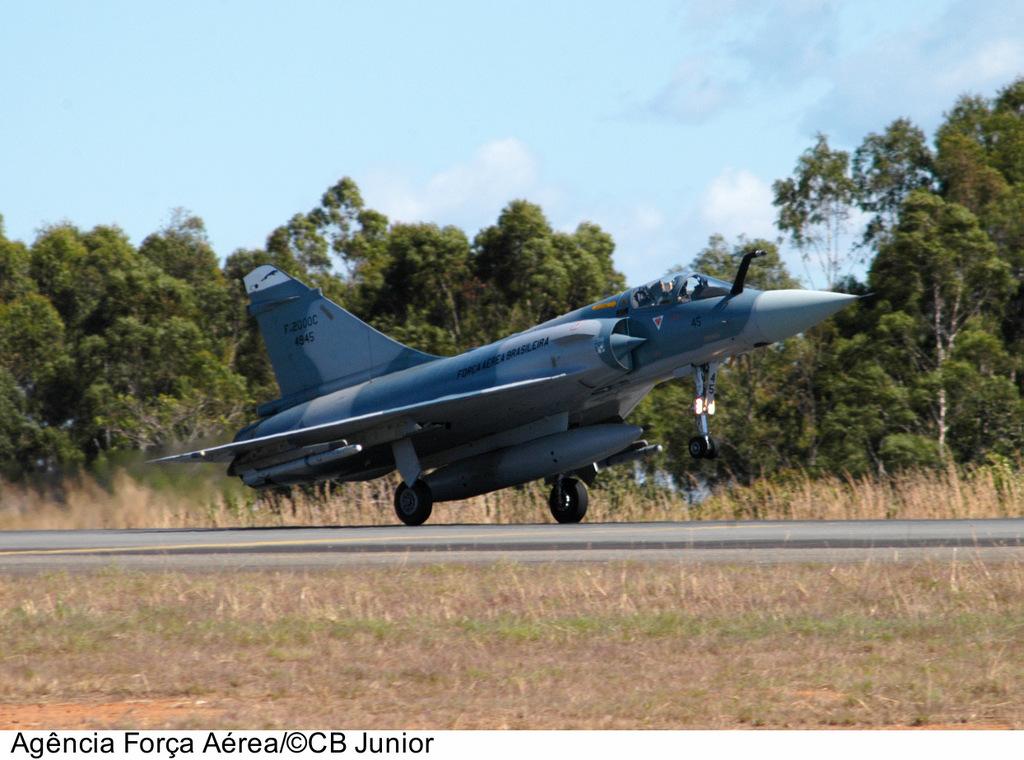 Armée Brésilienne/Brazilian Armed Forces/Forças Armadas Brasileiras - Page 20 8591986807_eb3153be96_b