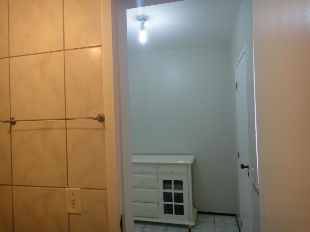 Construindo meu Home Studio - Isolando e Tratando - Página 2 7650935742_95084aa0c8_b