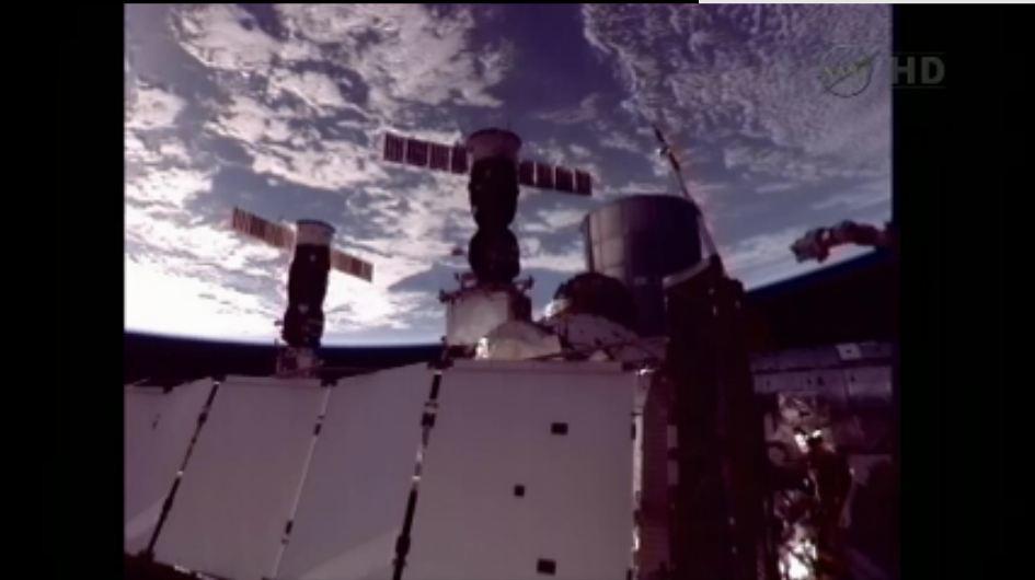 (TMA-05M): Lancement, amarrage & retour sur Terre. - Page 3 7588288352_8b86d6bed4_b