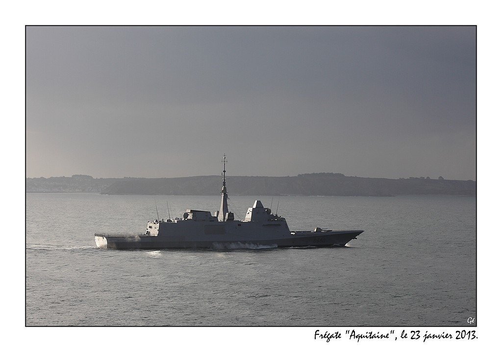 Armée Française / French Armed Forces - Page 36 8408830910_989b885a59_b