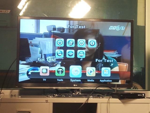 thiết bị xem truyền hình HybridTV và CloudTV của VTC 8190538330_c319fecf74_z