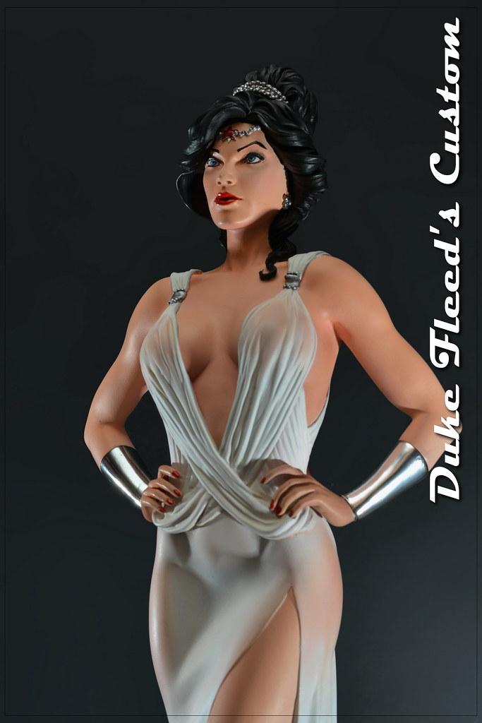 Wonder Woman dress version 1/6 8292726810_4398524fd9_b