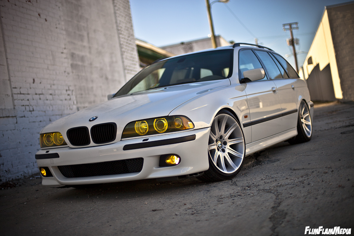 BMW Club - Home of BMW Perfection - Page 3 8462823377_7acfcf6ced_o