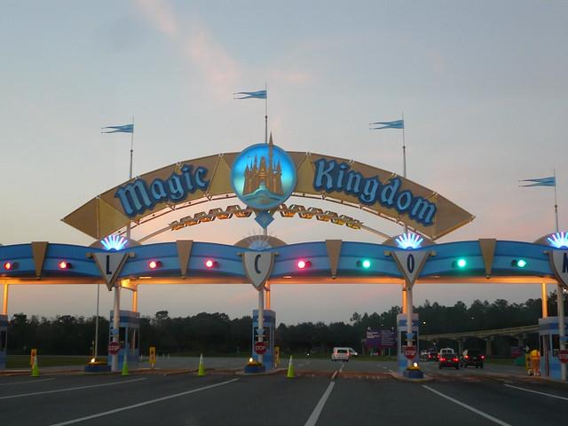 Walt Disney World - Le rêve dans la main.... - Page 4 8535675351_eed1a278f8_z