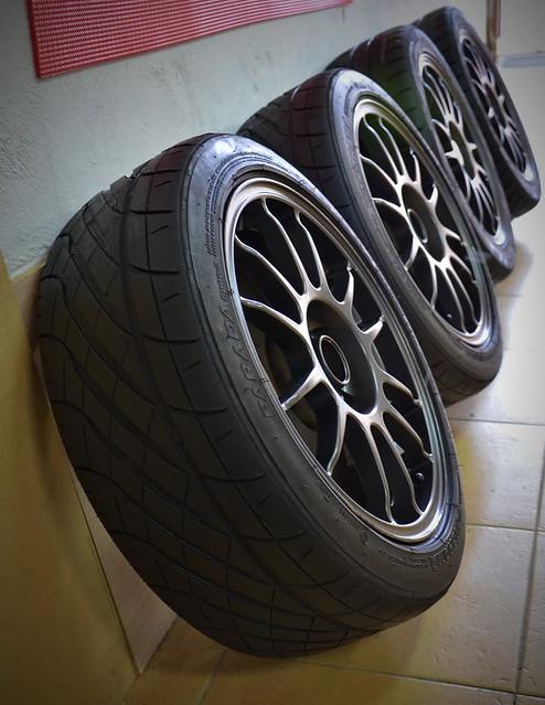Llantas OZ + neumáticos de altas prestaciones 8704174189_332c9ff99e_z